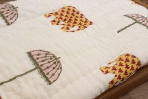 Quilted cotton bedcover razai